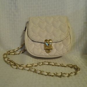 NWOT Betsey Johnson Cream Quilted Hearts Crossbody
